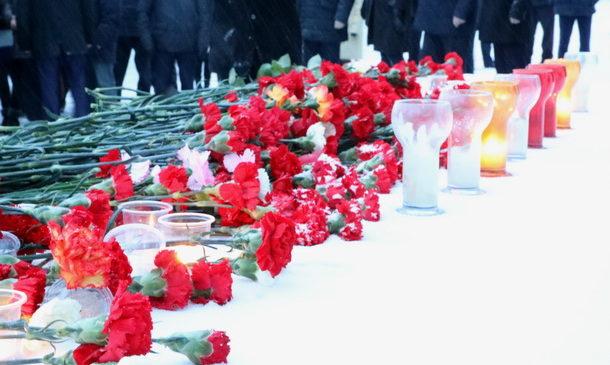В Чебоксарах почтили память погибших при пожаре в Кемерово