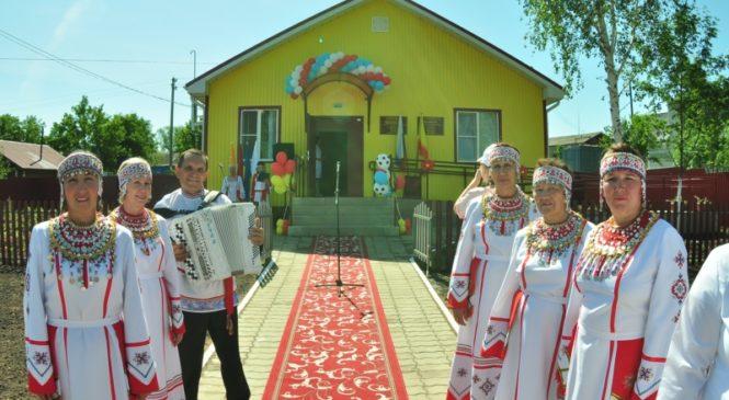 В День Республики в с. Именево Красноармейского района открылся фельдшерско-акушерский пункт