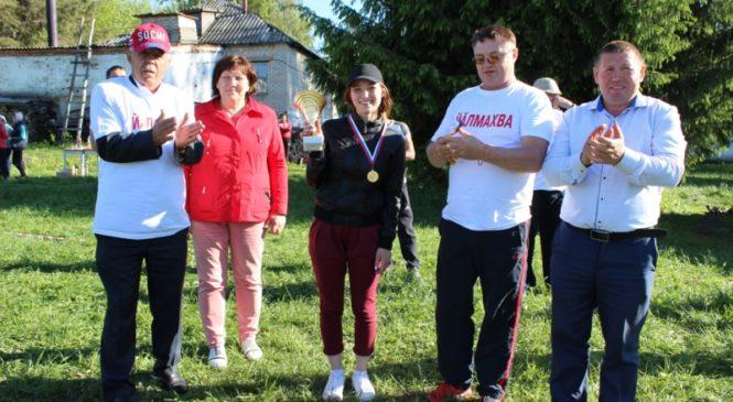 В деревне Починок-Быбыть прошел блиц-турнир по футболу в честь Лебедева Бориса Геннадьевича