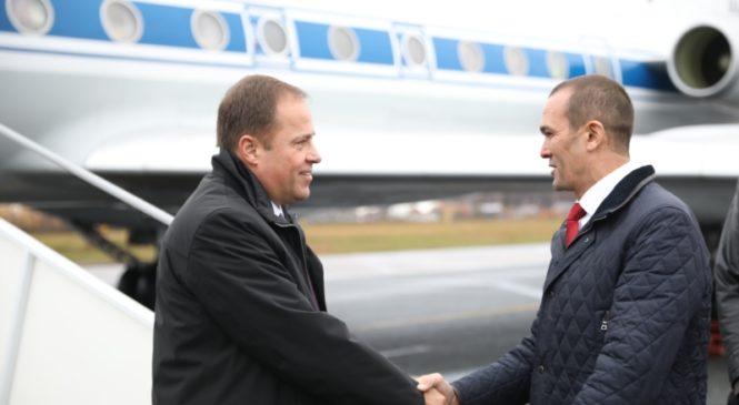В Чувашию прибыл полномочный представитель Президента России в ПФО Игорь Комаров