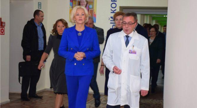 Первый заместитель Минздрава России Татьяна Яковлева ознакомилась с работой отделений Республиканской детской клинической больницы