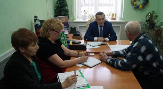 Состоялась «горячая линия»  с главой администрации Комсомольского района Александром Осиповым