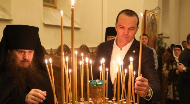 Михаил Игнатьев встретил Рождество в Алатырском Свято-Троицком мужском монастыре