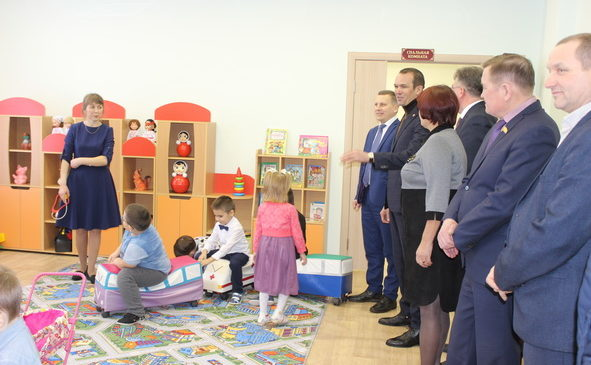 Главы Чувашии Михаил  Игнатьев посетил МБОУ  «Комсомольская СОШ №2»