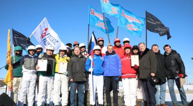 Глава Чувашии Михаил Игнатьев приветствовал участников соревнований «Ледяной Кубок Чувашии – 2019»