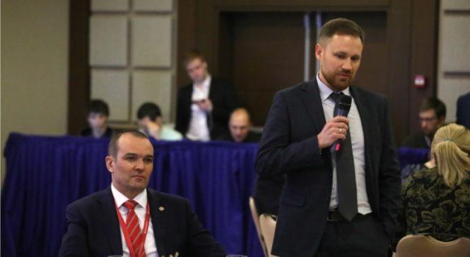 РИФ-2019: Михаил Игнатьев принял участие в мероприятии АСИ – «Развитие регионов: данные и алгоритмы»