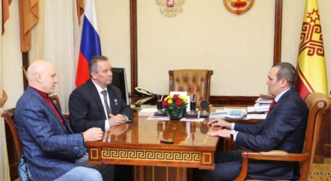 Михаил Игнатьев поздравил Николая Гаврилова с избранием на пост президента Федерации спортивной борьбы Чувашии