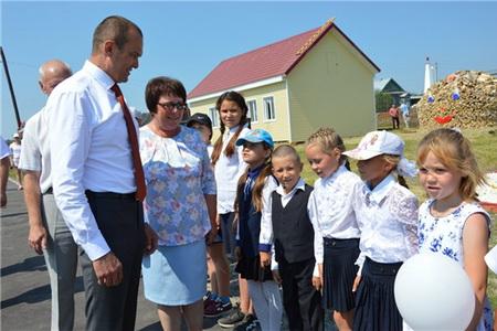Глава Чувашии Михаил Игнатьев принял участие в открытии парка в с. Старые Айбеси