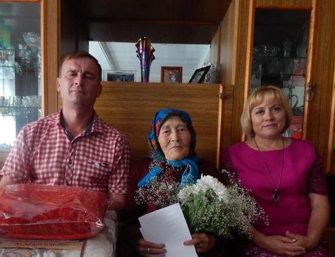 Макаровой Ольге Романовне из д. Новые Мураты — 90 лет