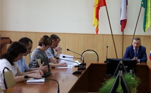 На планерке в администрации Комсомольского района рассмотрены актуальные вопросы