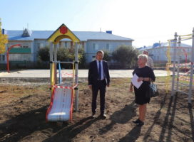 Александр Осипов ознакомился с реализацией программы поддержки проектов местных инициатив в селе Комсомольское