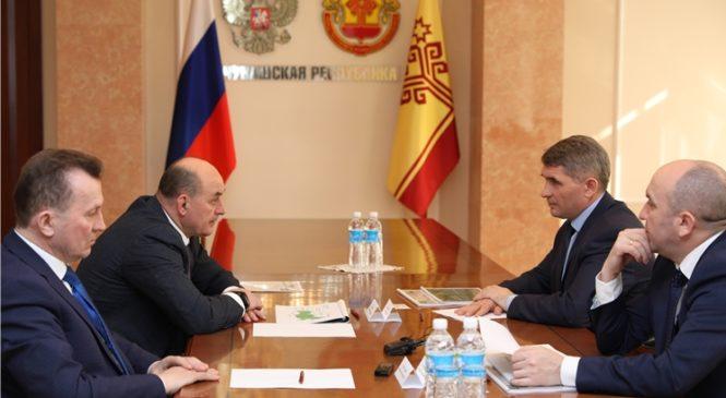 Олег Николаев провел рабочую встречу с генеральным директором АО «Холдинговая компания «Ак Барс» Иваном Егоровым