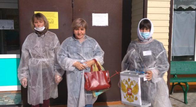За первый день в выборах приняло участие 4406 избирателей Комсомольского района