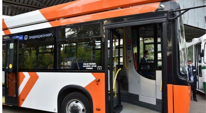 Олег Николаев поручил обеспечить участие республики федеральном проекте «Модернизация пассажирского транспорта в городских агломерациях»