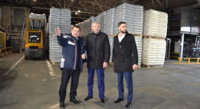 Руководитель Минпрома Чувашии обсудил перспективы продвижения товаров местных производителей